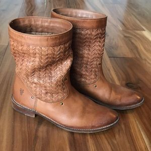 Frye Shirley Woven bootie - size 8